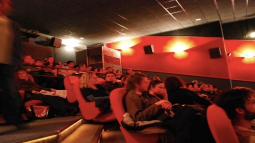 movie-theater-crowd