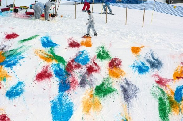 Olaf Breuning- Snow Drawing Stefan Alterurger