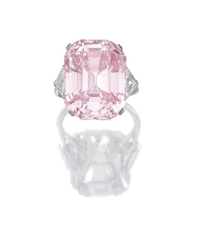 Sotheby's pink diamond world record auction