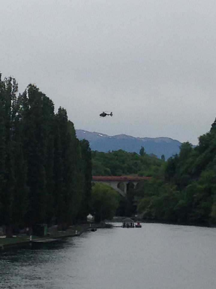 A helicopter assessing the Arve River in Geneva