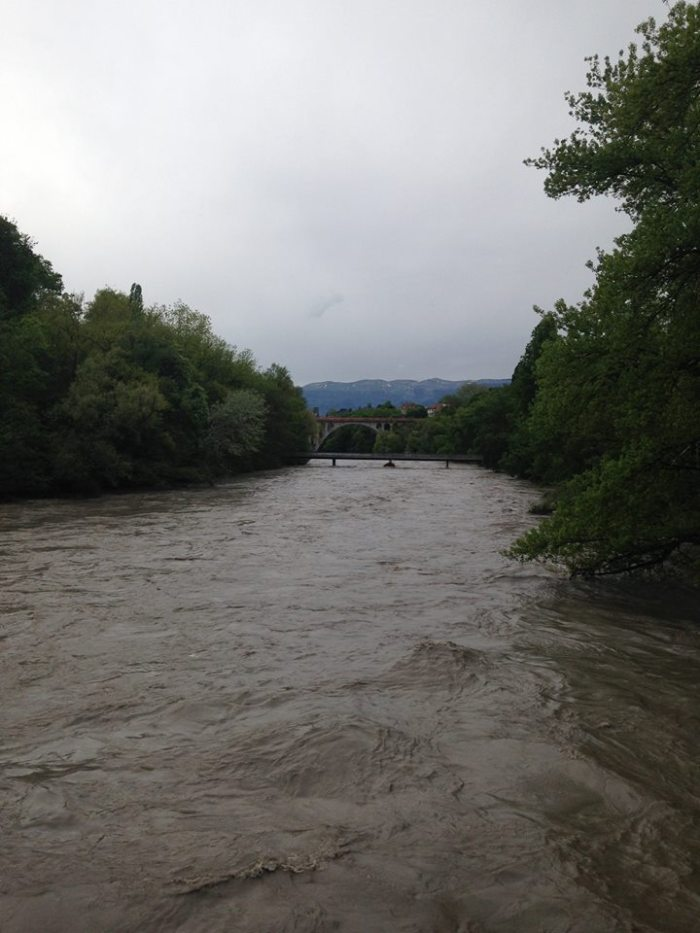 Massive, violent flow of water on the Arve River.
