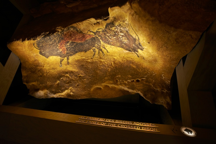 Lascaux caves exhibit in Geneva - Photo, Lascaux Expo
