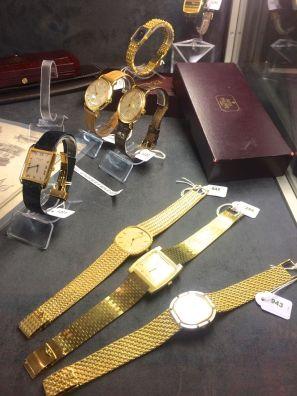 Vintage sale in Geneva Switzerland03